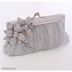 Beautiful Luxury Bridal Clutch Bags Collection offers vast acquisition of bridal purses. All these framed and embellished clutch handles are awesome. Bridal Clutch Bag, Wedding Clutch, Clutch Purse, Wedding Bags, Wedding Dress, Beaded Purses, Beaded Bags, Online Fashion, Latest Fashion