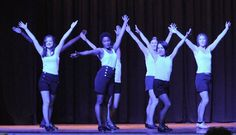 42nd Street, audition. Chorégraphie claquettes par les adultes avancés. Prof. Anne Gambini.