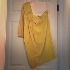See by Chloe mustard yellow linen dress Never worn, See by Chloe 50% linen and 50% Cotten. Great summer dress for a wedding. See by Chloe Dresses One Shoulder