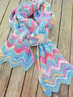 Simple Chevron Scarf By Tracey Todhunter - Free Crochet Pattern - (ravelry)