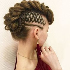 Edgy AND elegant in one! Special occasion updo posted by thehairbraidingbasics Braided Mohawk Hairstyles, Pretty Hairstyles, Girl Hairstyles, Elegant Hairstyles, Wedding Hairstyles, Natural Hair Styles, Short Hair Styles, Viking Hair, Creative Hairstyles