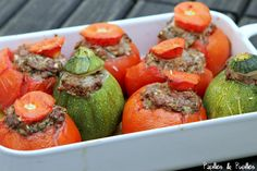 Tomates farcies (avec courgettes) Seitan, Tempeh, Tofu, French Food, Food Inspiration, Side Dishes, Bbq, Stuffed Peppers, Stuffed Tomatoes