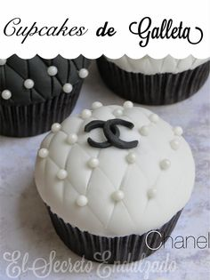 El Secreto Endulzado: Cupcakes de Galleta (CHANEL)