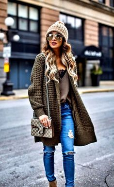 26 Trendy Winter Outfits for Women - Pinmagz Winter Pullover Outfits, Winter Outfits Women, Winter Dresses, Date Outfits, Casual Outfits, Fashion Outfits, Classic Trench Coat, Outfit Trends, Street Outfit