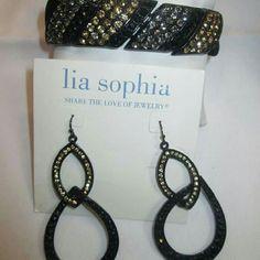 Megawatt bracelet and earring set, lia sophia Great condition Lia Sophia Jewelry Bracelets