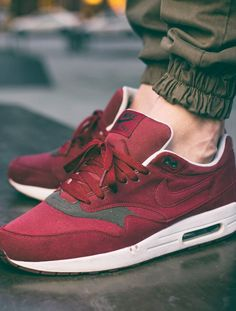 Nike Air Max 1 'Canvas Pack' - Team Red