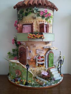 Where is the site! Clay Houses, Ceramic Houses, Miniature Houses, Polymer Clay Projects, Clay Crafts, Diy And Crafts, Clay Fairy House, Fairy Garden Houses, Gnome House