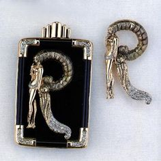 "Erte Letter ""R"" http://www.artbrokerage.com/artthumb/erte_13957_2/850x600/_Erte_Romain_de_Tirtoff_Letter_R_Onyx_Pendant__Brooch.jpg"