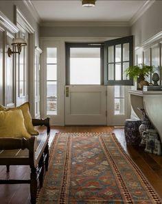 Classic Shingle Style Cottage - Home Bunch Interior Design Ideas Design Entrée, Door Design, House Design, Design Ideas, Entry Foyer, Entry Doors, Door Entryway, Front Entry, Cottage Entryway