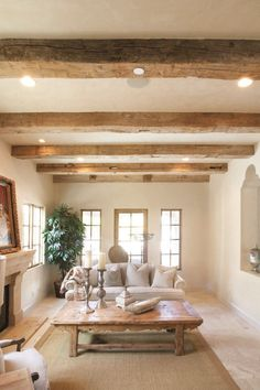 Reclaimed Barn Wood Mantel Beams - Home Dekor Home Living Room, Living Room Decor, Wood Mantels, Rustic Fireplace Mantle, Farmhouse Mantel, Farmhouse Interior, Farmhouse Design, Hallway Designs, Wood Ceilings
