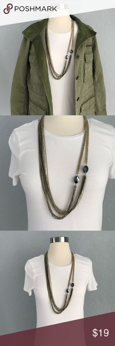 Black and Gold Necklace Black and gold long necklace. Perfect for any outfit and definitely a must have for fall! Jewelry Necklaces