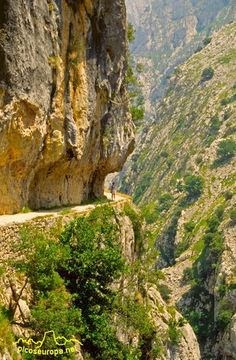 Ruta of the Cares, Asturias, Spain. Places To Travel, Places To See, Travel Destinations, Wonderful Places, Beautiful Places, Asturias Spain, Spain And Portugal, Spain Travel, Nature Pictures