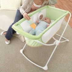 Fisher-Price Rock N Play Portable Bassinet, Green