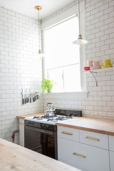 Kitchen Makeover | Oh Happy Day! | Schoolhouse lighting & hardware