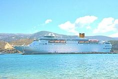 Costa neoClassica. (Στο Αργοστόλι).Ιδιοκτησία: Carnival Corporation & plc. 1991 Διαχείριση: Costa Crociere. 2014 Costa Classica. Από 12/2014 ~ present, today's name. Παρθενικό ταξίδι το 1991. 52.926GT ~ 220 μ.μ ~ 31 μ.πλάτος ~ 14 κατ/τα ~ 18,5 ~ 20knots ~ 1.308 ~ 1.680 επ. ~ 620 α.πλ.