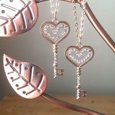 Heart Necklace in Rose Gold with Rhinestone Heart Pendant