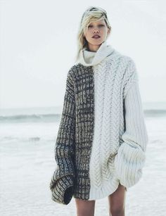 Cosy tactility and edgy mix stitch technique in Vogue Germany this month  Tricot Passion, Styliste 6580bc25609