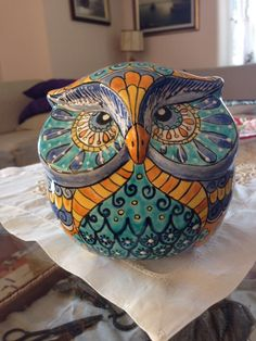 Owl Cookie Jars after Looking at Pier 1 We Think the New Clay Owl, Clay Birds, Ceramic Owl, Ceramic Animals, Owl Kitchen, Owl Mug, Arte Popular, Art For Art Sake, Stone Painting