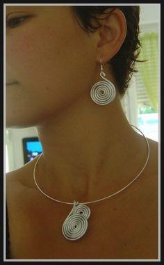 spirales                                                                                                                                                     Plus