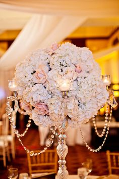 25 Stunning Wedding Centerpieces & Part 5 & Belle The Magazine - Romantic Elegant Wedding Sophisticated Bride Elegant Wedding, Perfect Wedding, Our Wedding, Dream Wedding, Wedding Blog, Wedding Reception, Wedding Disney, Disney Weddings, Themed Weddings