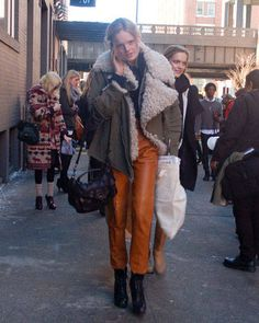 Statement shearling #streetstyle