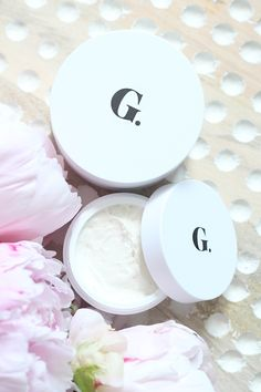 Goop By Juice Beauty Skincare Collection Review. An organic, luxury skincare line. Gwyneth Paltrow Goop.