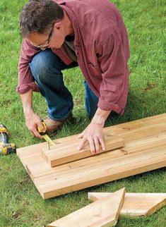 Raised beds are a new trend in gardening. Learn how to build and maintain your own, plus get more gardening tips and tricks. Join the raised bed revolution Raised Bed Garden Layout, Raised Garden Beds, Raised Beds, Vegetable Garden Design, Garage Ideas, Lawn And Garden, Backyard Landscaping, Benches, Gardening Tips