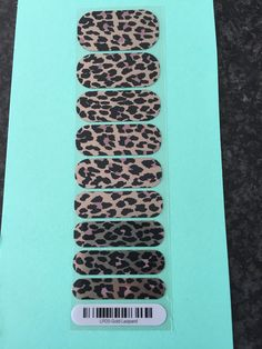 $9 shipping free - gold leopard