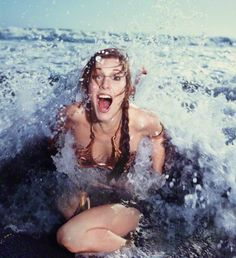 """10 photos of Carrie Fisher promoting """"Return of the Jedi"""" at a Rolling Stone Magazine beach shoot, 1983 - Album on Imgur"""