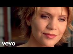 Alison Krauss & Union Station - The Lucky One - YouTube