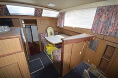 Yacht For Sale, Boats For Sale, Bottom Paint, Detroit Diesel, Chris Craft, Motor Yacht, Engine Types, Diesel Engine, Crafts