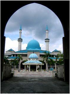 IIUM Mosque by Purple-spirit.deviantart.com on @deviantART