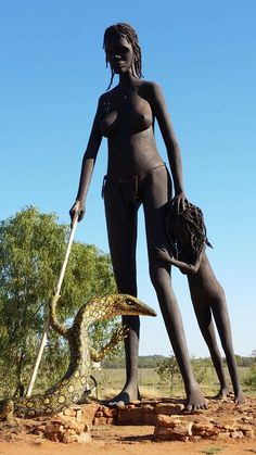 Sculptures at Aileron NT Africa Tribes, Africa Art, African Tribal Girls, African Women, Tribal Warrior, Tribal People, African Culture, Tribal Fashion, Belleza Natural