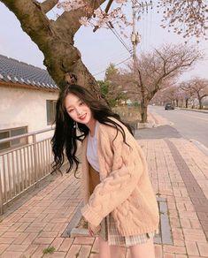 Korean Beauty Girls, Pretty Korean Girls, Cute Korean Girl, Asian Beauty, Asian Girl, Korean Fashion Ulzzang, Ulzzang Korean Girl, Korean Street Fashion, Korean Outfits