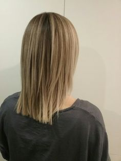 Honey blonde hair with dark roots Dark Roots Blonde Hair, Honey Blonde Hair, Long Hair Styles, Chair, Beauty, Long Hairstyle, Long Haircuts, Stool, Long Hair Cuts