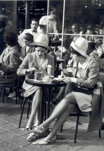 French women ( I think this is Lucy and Ethel when they were in Paris...) :-)