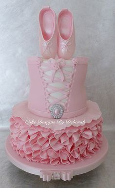 This cake was made for a little girl who loves her ballet class. I purchased a ballet tutu/ corset tutorial form Cakes By Raewyn a while ago and was eager to use it as inspiration for a cake, so when mum contacted me I knew just what I was going. Baby Cakes, Tutu Cakes, Cupcake Cakes, Dance Cakes, Ballet Cakes, Ballerina Cakes, Ballerina Birthday Parties, Ballerina Party, Tutu Birthday Cake