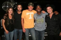 Darius Rucker And Friends Raise $121,000 For St. Jude Children's Research Hospital