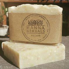 Montagne pluie Confetti Soap - 4 onces de savon - savon agrumes - savon pin - musc soap