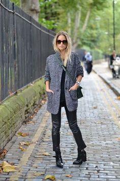 9b739d71e527 Найкращі зображення (17) на дошці «Пальто» на Pinterest   Dressing ...