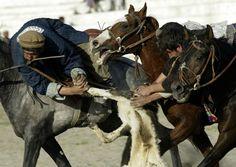 Une partie de buzkashi en Asie centrale
