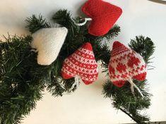 hjerter Barn, Christmas Ornaments, Holiday Decor, Home Decor, Converted Barn, Decoration Home, Room Decor, Christmas Jewelry, Barns