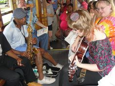 Memphis Trolley Unplugged! The sound of Memphis Music brings everyone together!