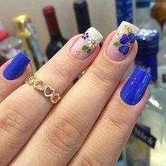 30 Cool and Easy Halloween nail art designs for Women img 6 Cute Nails, Pretty Nails, Floral Nail Art, Halloween Nail Art, Easy Halloween, Flower Nails, Gorgeous Nails, Nail Arts, Nails Inspiration