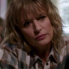 welcome Supernatural Mary, Supernatural Seasons, Mary John, Mary Winchester, Samantha Smith, I Got U, Hot Guys, Hot Men, Attractive People