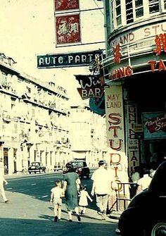1950年代位於軒尼詩道38號,分域路口的美倫攝影院