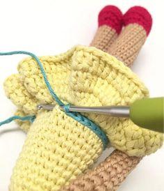 Amigurumi Baby Making, Modelle Crochet Motifs, Crochet Doll Pattern, Crochet Dolls, Knit Crochet, Crochet Hats, Amigurumi Tutorial, Amigurumi Patterns, Amigurumi Doll, New Dolls
