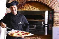 Restaurant. Pizza @ Marconfort El Greco Hotel #portinatx #ibiza www.marconfort.com