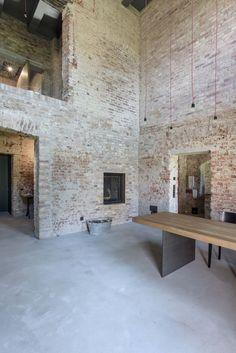 Wespi-de-Meuron-Romeo-.-House-refurbishment-.-FELDBERG-2.jpg (1335×2000)