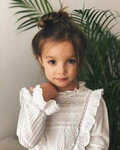Elegant chic lace dress for toddler girl featuring ruffle details. Such a pretty… Elegant chic lace dress for toddler girl featuring ruffle details. Such a pretty dress for a party or holiday event. Little Girl Fashion, Toddler Fashion, Kids Fashion, Fashion 2014, Fashion Wear, Dress Fashion, Latest Fashion, Kids Winter Fashion, Cheap Fashion